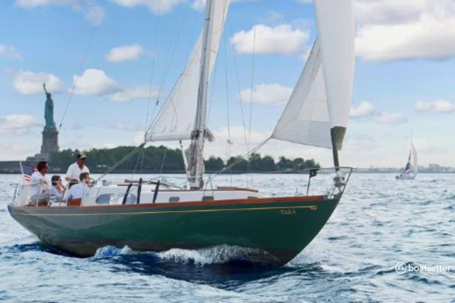 Rent a Hinckley Yachts classic in New York, NY near me