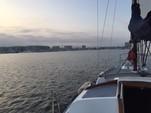 30 ft. Islander Bahama 30 Cruiser Boat Rental Los Angeles Image 4