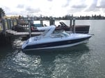 28 ft. Formula by Thunderbird F280 Sun Sport Cruiser Boat Rental Miami Image 20