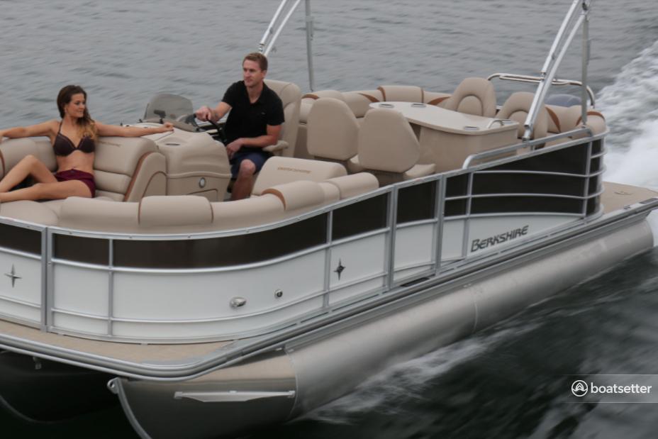 Rent a Berkshire Pontoons pontoon in Tampa, FL near me
