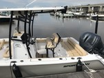 21 ft. Sportsman Boats Heritage 211 w/F150XA Yamaha Center Console Boat Rental Charleston Image 3