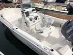 19 ft. Robalo 190 W/150 4-S Center Console Boat Rental Los Angeles Image 4