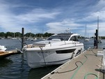 35 ft. Sealine Boats S-34 Cruiser Boat Rental Chicago Image 2