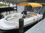 20 ft. Starcraft Marine Aurora 2000 IO Deck Boat Boat Rental Fort Myers Image 4