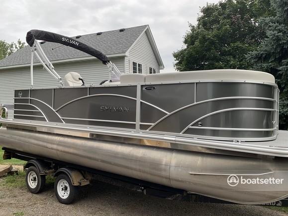 Rent a Sylvan Marine pontoon in Rockford, MN near me