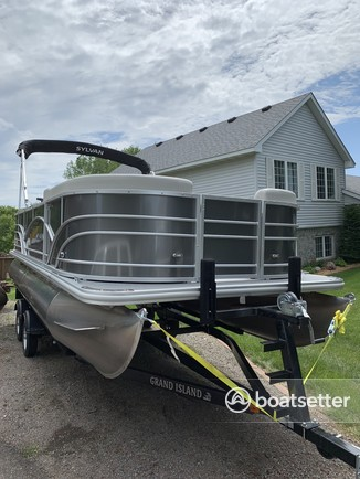 Minneapolis, MN Boat Rentals and Boat Charters - Boatsetter