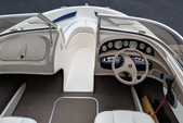 18 ft. Bayliner 185  Bow Rider Boat Rental Minneapolis Image 2