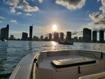 19 ft. Yamaha 190 Fish Sport  Jet Boat Boat Rental Miami Image 6