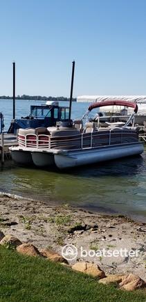 Rent a Premier Marine pontoon in Clear Lake, IA near me