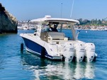 35 ft. Boston Whaler 350 Realm Bow Rider Boat Rental Los Angeles Image 1