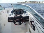 25 ft. Sea Ray Boats 250 Select EX Bow Rider Boat Rental Fort Myers Image 4