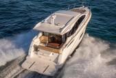 40 ft. Sea Ray Boats 400 Sundancer Motor Yacht Boat Rental Miami Image 3