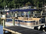 27 ft. Berkshire Pontoons 270CL Premium BP3 Tri-Tube Pontoon Boat Rental Jacksonville Image 3