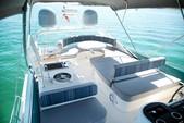 58 ft. Uniesse Boats 58 Flybrige Motor Yatch Flybridge Boat Rental Miami Image 8