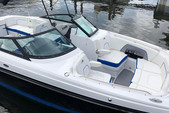 26 ft. Monterey Boats M5 Bow Rider Boat Rental Fort Myers Image 2