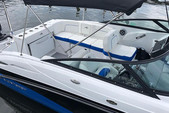 26 ft. Monterey Boats M5 Bow Rider Boat Rental Fort Myers Image 3