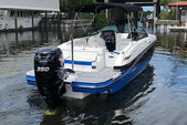 26 ft. Monterey Boats M5 Bow Rider Boat Rental Fort Myers Image 8