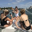 28 ft. Formula by Thunderbird F280 Sun Sport Cruiser Boat Rental Miami Image 29
