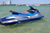11 ft. Yamaha EX Deluxe Jet Ski / Personal Water Craft Boat Rental Miami Image 3