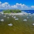 22 ft. Hurricane Boats FD 211 Deck Boat Boat Rental Tampa Image 9