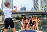 41 ft. 41' SeaRay Cruiser Boat Rental Miami Image 12