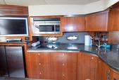 52 ft. Cruisers Yachts 500 Express V-Drive Cruiser Boat Rental Tampa Image 6