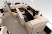 22 ft. Sun Tracker by Tracker Marine Fishin' Barge 20 DLX w/90ELPT 4-S Pontoon Boat Rental Orlando-Lakeland Image 3