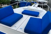 23 ft. Robalo 2120 Center Console Merc Center Console Boat Rental Fort Myers Image 2