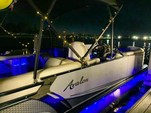 24 ft. Avalon Pontoons 24' LSZ Entertainer Pontoon Boat Rental Tampa Image 8