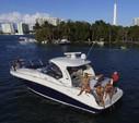 41 ft. 41' SeaRay Cruiser Boat Rental Miami Image 3