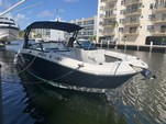 29 ft. Sea Ray Boats 290 Sundeck Bow Rider Boat Rental Miami Image 13