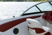 19 ft. Rinker QX 18 OB Bow Rider Boat Rental Miami Image 14