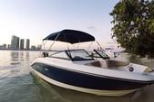21 ft. Sea Ray Boats 21 SPX w/150 EFI 4-S  Bow Rider Boat Rental Miami Image 1