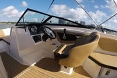 21 ft. Sea Ray Boats 21 SPX w/150 EFI 4-S  Bow Rider Boat Rental Miami Image 3
