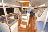 38 ft. Catalina 38 Daysailer & Weekender Boat Rental Hawaii Image 2