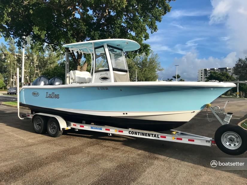 Rent a Sea Hunt Boats center console in Pompano Beach, FL near me