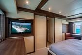 75 ft. Azimut Yachts 78 Flybridge Boat Rental Miami Image 15