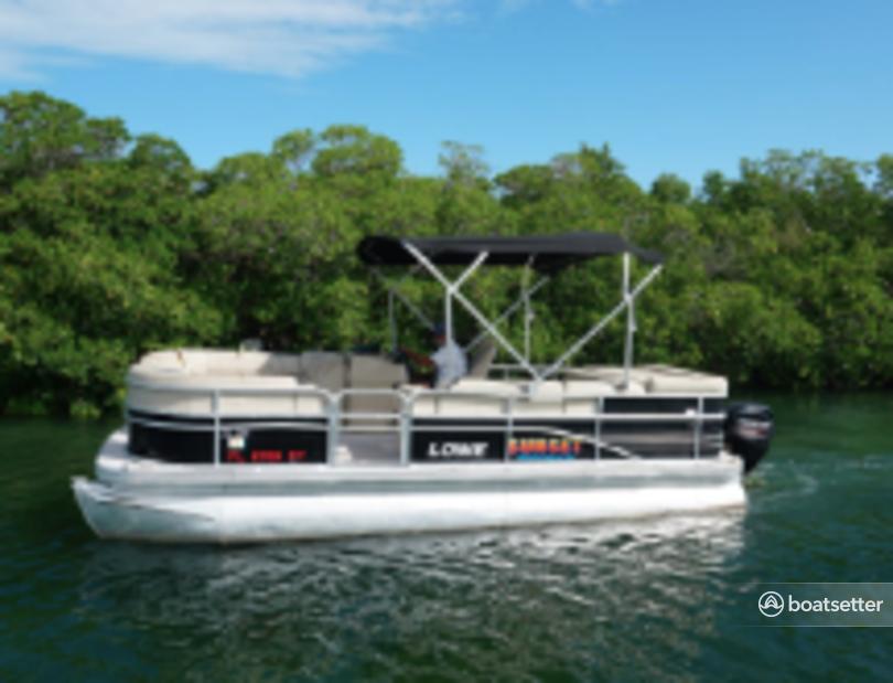 Rent a Lowe Pontoons pontoon in Key West, FL near me