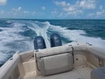 25 ft. Grady-White Boats 255D Freedom w/2-F150 Yamaha Dual Console Boat Rental The Keys Image 5