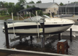 24 ft. Stingray Boats 235LR Open Bow Bow Rider Boat Rental Tampa Image 1