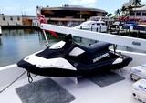 103 ft. Maiora Yachts Motor Yacht Boat Rental Miami Image 8