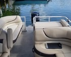 26 ft. Sun Tracker by Tracker Marine Party Barge 24 DLX w/90ELPT 4-S Pontoon Boat Rental Miami Image 7