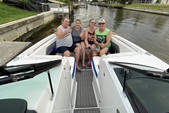 26 ft. Monterey Boats M5 Bow Rider Boat Rental Fort Myers Image 15
