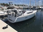 39 ft. Jeanneau Sailboats Sun Odyssey 39i Sloop Boat Rental West Palm Beach  Image 19