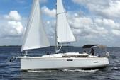 39 ft. Jeanneau Sailboats Sun Odyssey 39i Sloop Boat Rental West Palm Beach  Image 8