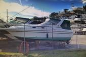 29 ft. Donzi Marine 275 LXC Cruiser Boat Rental Tampa Image 5