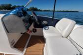 19 ft. Bayliner 197 IO  Deck Boat Boat Rental Tampa Image 7