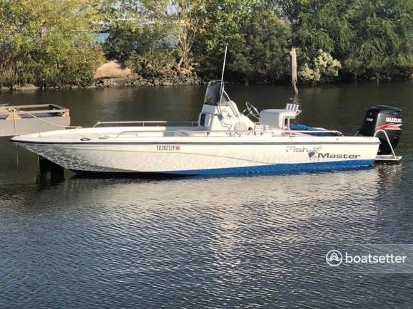 Rent a Fishmaster center console in Galveston, TX near me