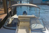23 ft. Stingray Boats 234LR  Bow Rider Boat Rental West Palm Beach  Image 4