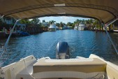 23 ft. Stingray Boats 234LR  Bow Rider Boat Rental West Palm Beach  Image 9